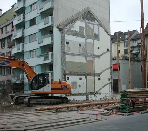 Das Ende eines Bauwerks definiert hier gleichzeitig den Beginn eines neuen Projekts.