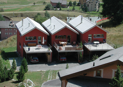 Weil diese drei «Reiheneinfamilienhäuser » nicht aneinander gebaut sind