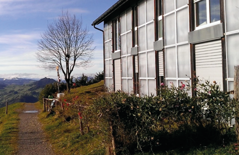TWD-Fassade am Annexbau des Restaurants Hundwiler Höhe