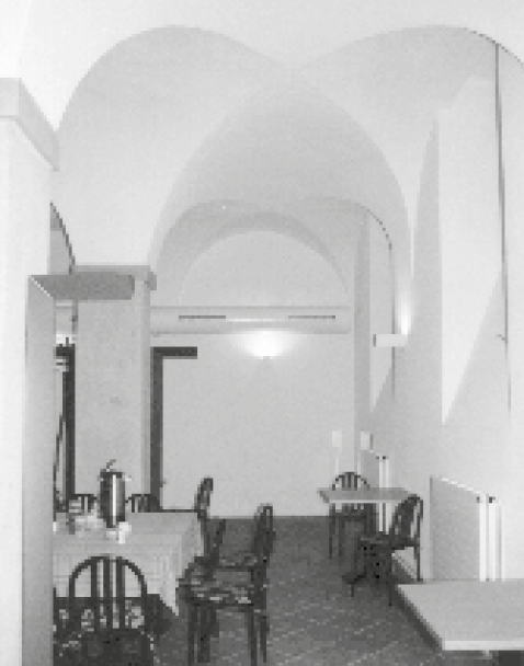 Aufenthaltsraum für Personal im sanierten Gewölberaum des Altersheims Pfrundhaus