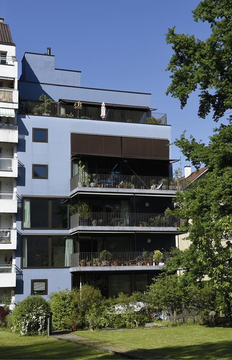 Ersatzneubau mit fünf Eigentumswohnungen, vonSüden her fotografiert.