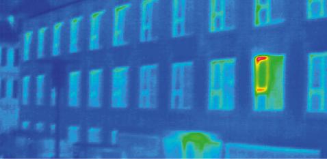 Ein in Kippstellung arretiertes Fenster führt zu einem grossen Lüftungswärmeverlust.
